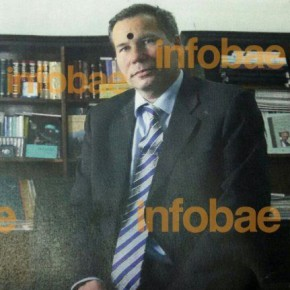 Nisman's Ex-Wife Received Magazine With 'Bullet Mark' Photo a Day Before His Death